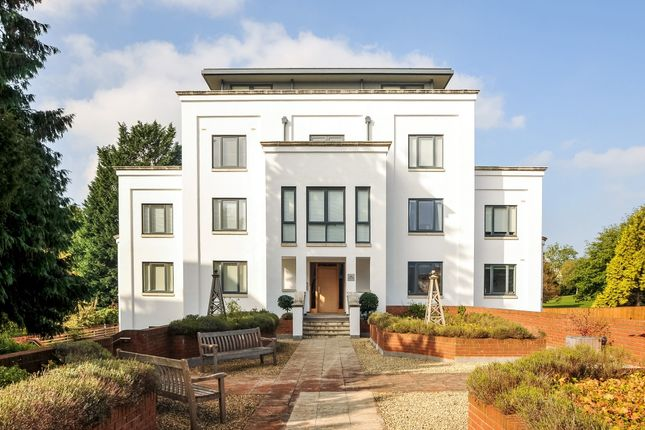 Thumbnail Flat to rent in Pittville Place, Cheltenham