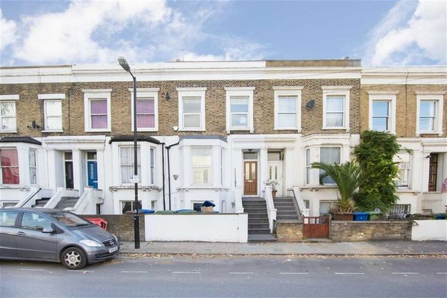 Thumbnail Property to rent in Lyndhurst Way, London