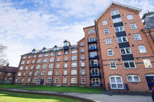 1 bed flat to rent in Sheering Lower Road, Sawbridgeworth CM21