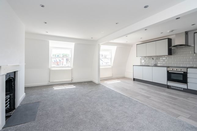 1 bed flat for sale in High Street, Dorking RH4