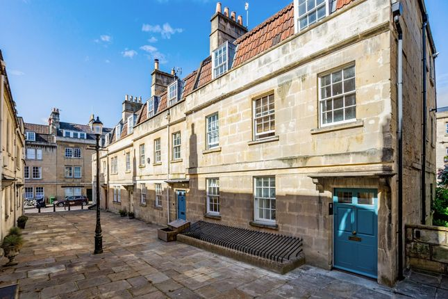 Thumbnail Maisonette to rent in St. Anns Place, Bath