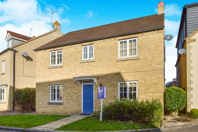 4 bed detached house to rent in Brownset Drive, Kingsmead, Milton Keynes