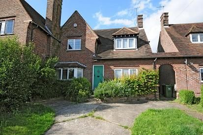 Thumbnail Cottage to rent in High Wycombe, Buckinghamshire