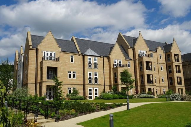 Thumbnail Flat for sale in Robinson Court, Matlock