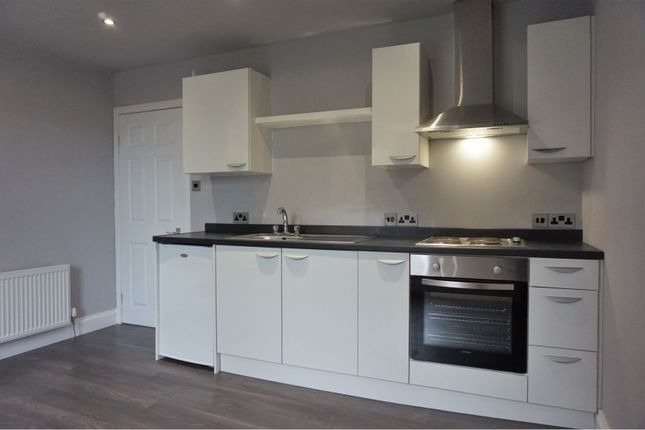 Kitchen of Mid Road, Dundee DD3