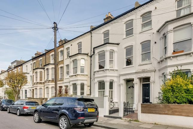 Thumbnail Flat for sale in Lindore Road, Battersea