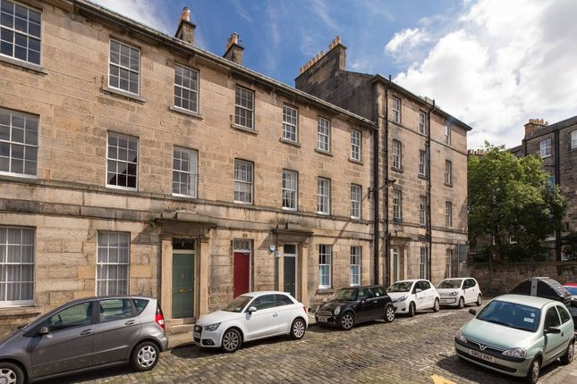 Thumbnail Flat to rent in Cheyne Street, Stockbridge, Edinburgh