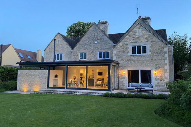 Thumbnail Detached house for sale in Berkeley Road, Cirencester, Gloucestershire