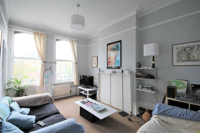 Thumbnail Flat to rent in Finsbury Park Road, Finsbury Park, London