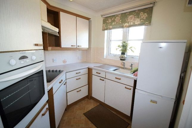 Kitchen of Chaldon Road, Caterham CR3