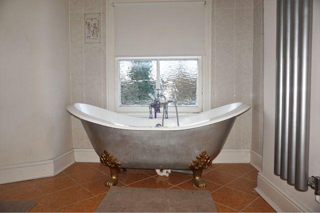 Bathroom of Ravenscroft Road, Beckenham BR3