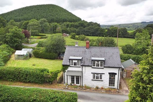 Thumbnail Cottage for sale in Bryn Cledan, Carno, Caersws, Powys