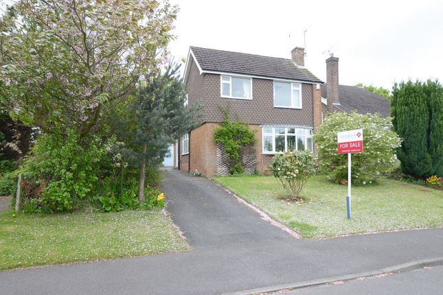 3 Bed Detached House For Sale In Park Hall Avenue Walton Chesterfield