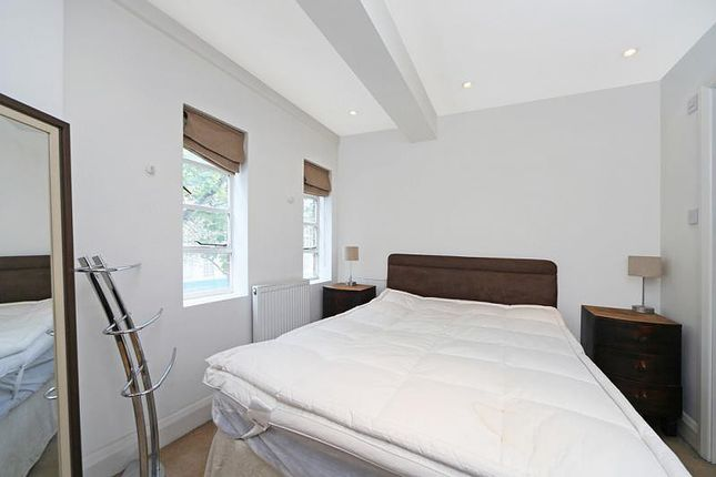 Bedroom of Nell Gwynn House, Sloane Avenue SW3