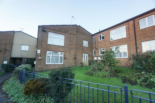Thumbnail Flat to rent in Poplar Avenue, Horwich, Bolton
