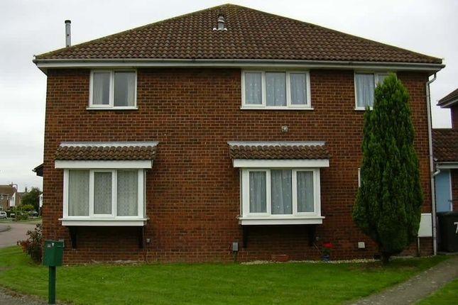 Thumbnail Property to rent in Avocet Close, Biggleswade