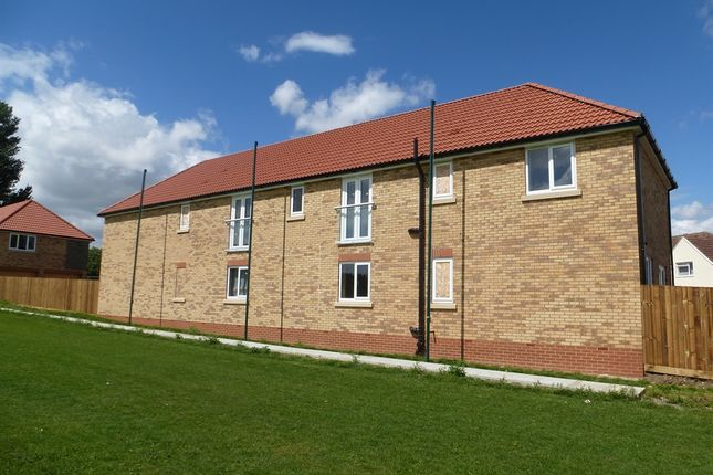 2 bed flat for sale in Cricketfield Lane, Ramsey, Huntingdon
