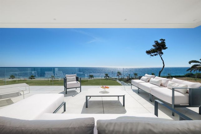 Apartment for sale in New Golden Mile, Estepona, Málaga, Andalusia, Spain