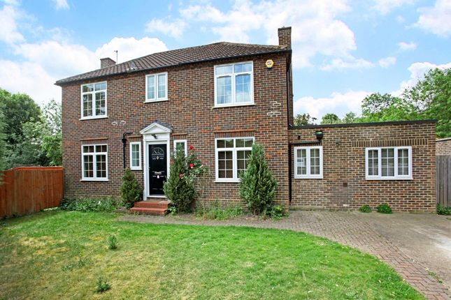 Thumbnail Detached house to rent in The Paddock, Datchet, Slough