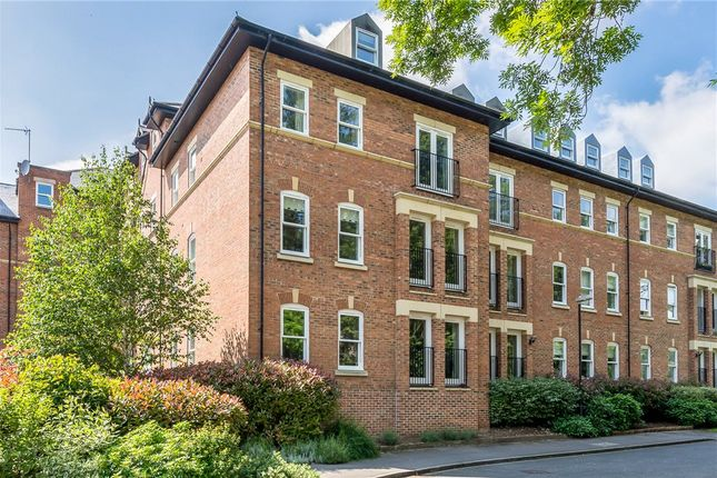 2 bed flat for sale in College Court, Steven Way, Ripon, North Yorkshire HG4