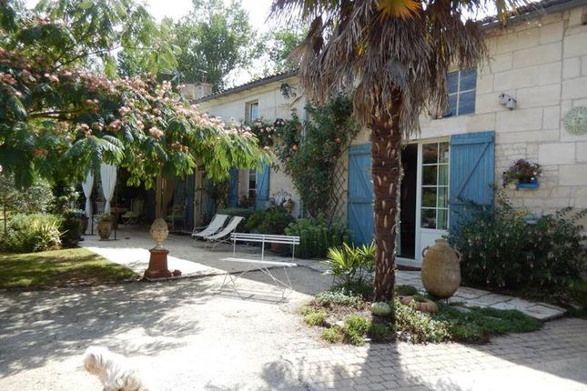 4 Bed Property For Sale In Coulon Poitou Charentes 79510 France