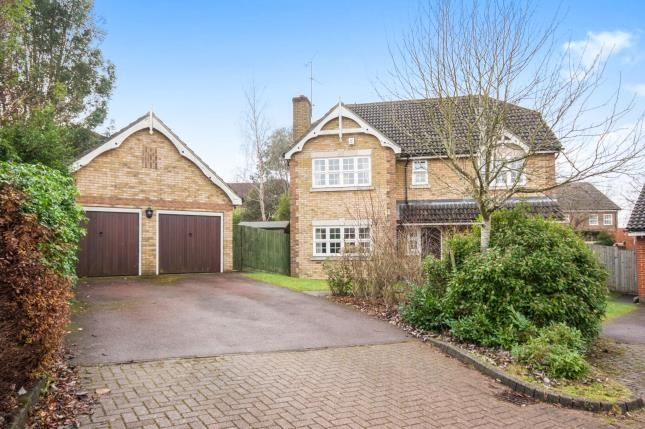 Thumbnail Detached house for sale in Oldbury Close, Horsham, West Sussex
