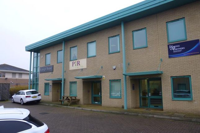 Thumbnail Office to let in 14B Raleigh House, Compass Point Business Park, Stocks Bridge Way, St Ives, Cambridgeshire