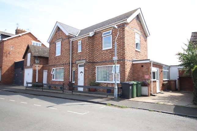 Thumbnail Detached house for sale in Boat Lane, Evesham