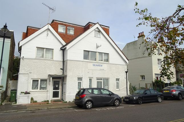 Thumbnail Room to rent in River Road, Littlehampton, West Sussex