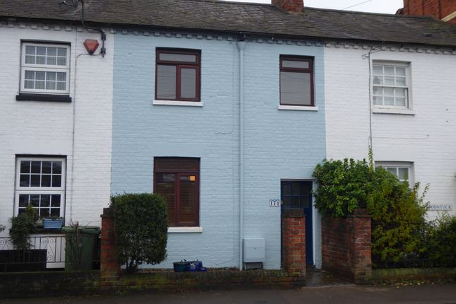Thumbnail Terraced house to rent in Reading Road, Henley On Thames