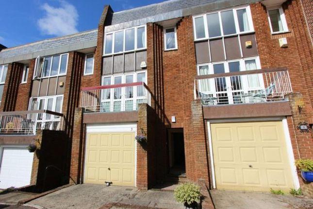 Thumbnail Flat to rent in Dunvegan Court, Barnton, Edinburgh