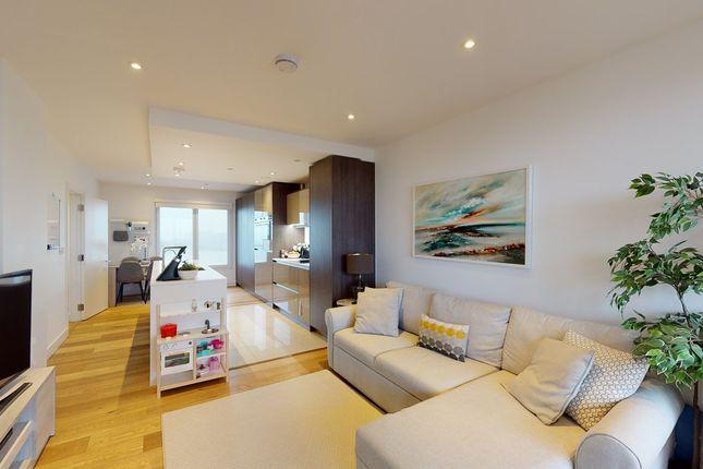 Thumbnail Flat to rent in Rennie Street, London