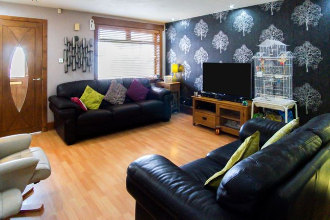 Lounge of Carradale Drive, Dundee DD4