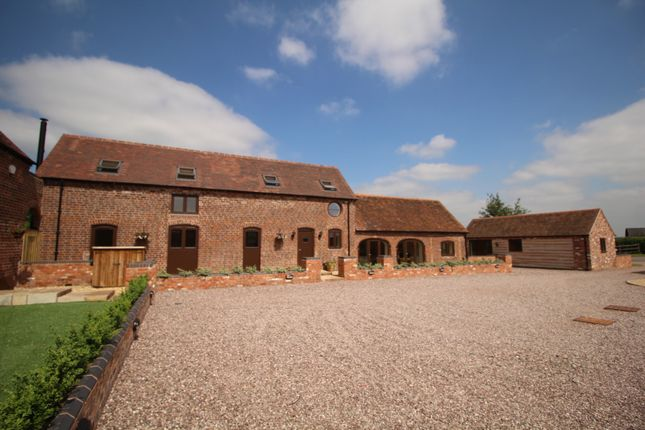 Thumbnail Barn conversion for sale in Blakeshall, Kidderminster