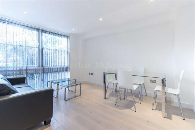 Flat to rent in Adelaide Road, Belsize Park
