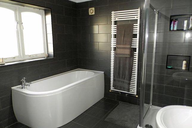 Modern Bathroom of Pentre-Cwrt, Llandysul SA44