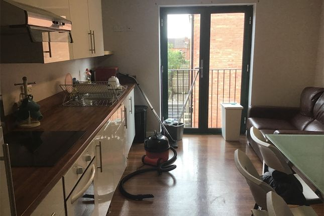 Thumbnail 1 bed flat to rent in Far Gosford Street, Coventry
