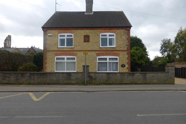 Thumbnail Detached house to rent in High Street, Doddington, March