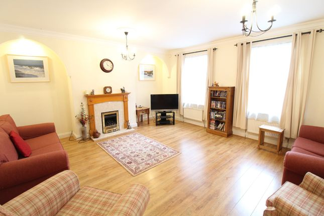 Thumbnail Detached house to rent in Anglesea Road, Ipswich, Suffolk