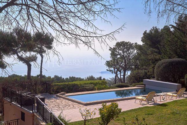Thumbnail Villa for sale in Eze, Grande Corniche, Alpes-Maritimes, Provence-Alpes-Côte D'azur, France