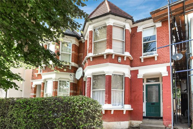 Thumbnail Flat for sale in Palmerston Crescent, Palmers Green, London