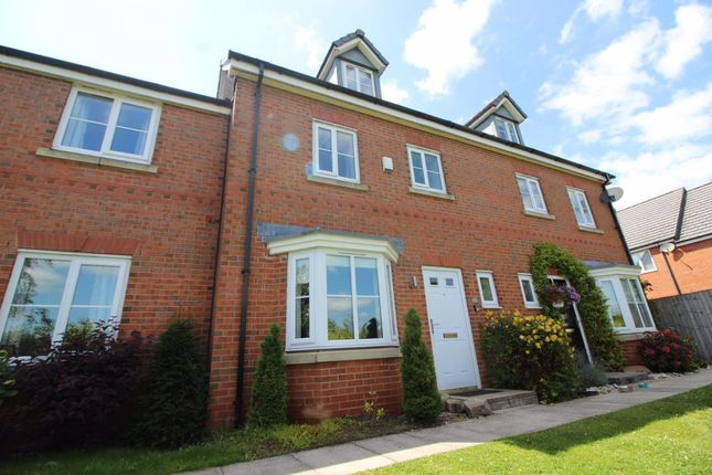 4 bed town house to rent in Hartley Green Gardens, Billinge, Wigan WN5