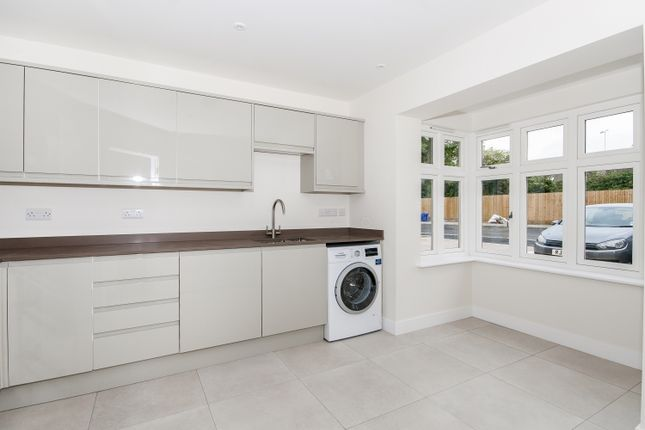Thumbnail Semi-detached house to rent in The Old Dairy, Witney
