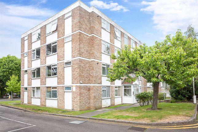 Thumbnail Flat for sale in Pickwick Court, 60 West Park, Mottingham, London