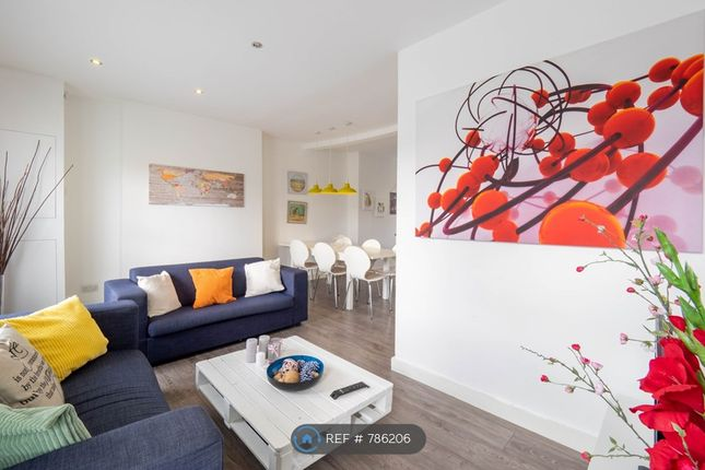 Thumbnail Flat to rent in Glengal Road, London