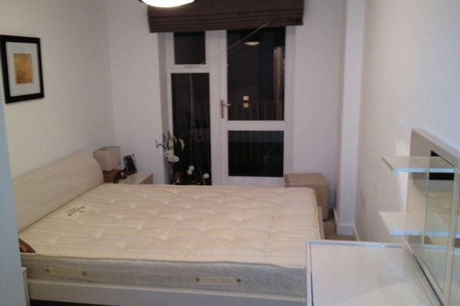 Thumbnail Flat to rent in 2 Bedroom Apartment, Parkwest, West Drayton UB7, West Drayton,