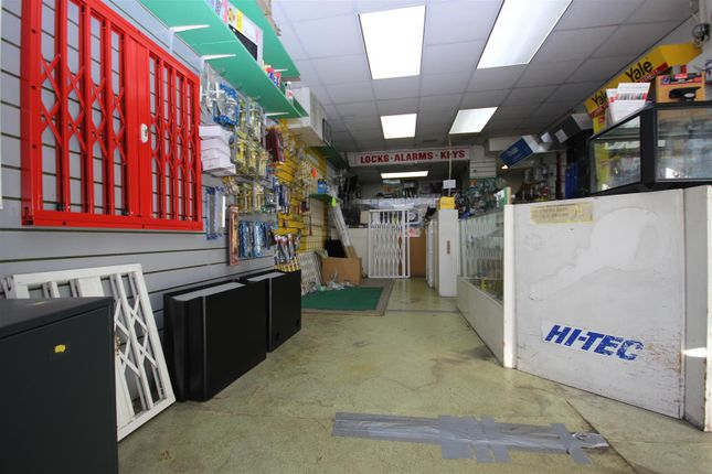 Thumbnail Retail premises to let in Western Avenue, London