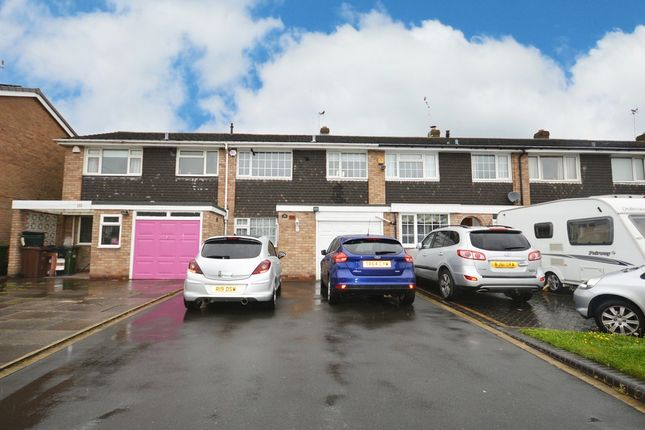 Thumbnail Terraced house for sale in Langley Hall Road, Solihull