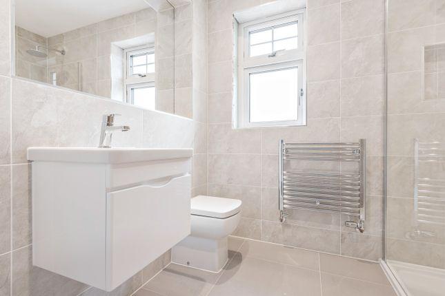 1st En-Suite of Coolhurst Close, Nuthurst Road, Monks Gate RH13