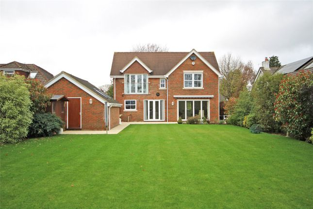Picture No. 15 of St. Johns Road, New Milton, Hampshire BH25